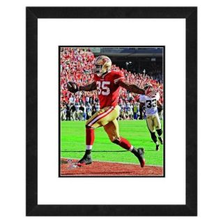 NFL San Francisco 49ers Vernon Davis Framed Photo