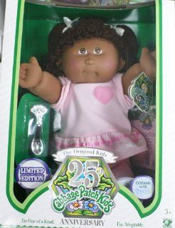 The Original 25 Anniversary Cabbage Patch Kids Doll   Laurene Gale   October 22 Toys & Games