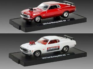 M2 Drivers 1970 Ford Mustang Boss 429 set of 2 1/64 Red & White Toys & Games