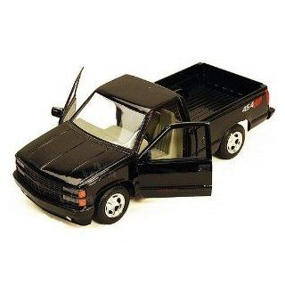 1992 Chevrolet SS 454 Pickup Truck Black 1/24 73203 Toys & Games