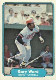 1982 Fleer Gary Ward (Minnesota Twins) Baseball Trading Card #562