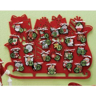 Craftways Merry Christmas Advent Calendar Plastic Canvas Kit   Christmas Decor