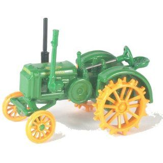 Athearn HO Scale RTR Diecast John Deere Tractor GP Toys & Games