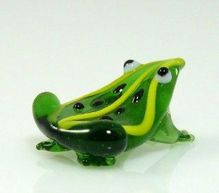 Frog Green Glass Miniature Figurine Approximately 1 Inch Long (That's Small)   Collectible Figurines