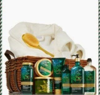Bath & Body Works Aroma Therapy Large Eucalyptus Spearmint Ultimate Deluxe Spa Gift Set  Beauty