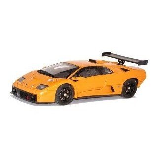 2000 Lamborghini Diablo GTR diecast model car 118 scale die cast by AUTOart   Orange Toys & Games