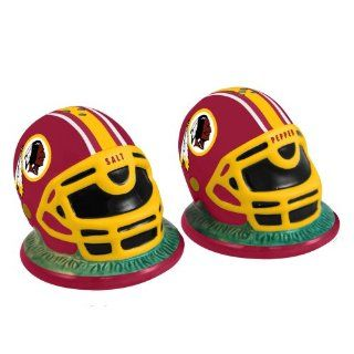 NFL Washington Redskins Helmet Salt and Pepper Shakers Sports & Outdoors