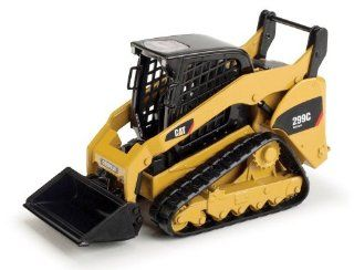 Norscot Cat 299C Compact Track Loader 132 scale Toys & Games