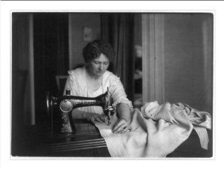 Historic Print (L) Woman sewing with a Singer sewing machine