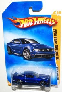 2009 Hot Wheels New Models, 2010 Ford Mustang GT, 41 of 42, 041/190 (1 Each) Toys & Games