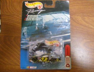 Hot Wheels Racing NASCAR Car # 44 Toys & Games
