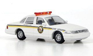 Ford Crown Victoria, North Dakota State Patrol, police, Model Car, Ready made, Busch 187 Busch Toys & Games
