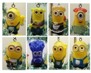 "Despicable Me Holiday Christmas Tree 10 Piece Ornament Set Featuring 2"" Plastic Shatterproof Minion Ornaments Toys & Games"